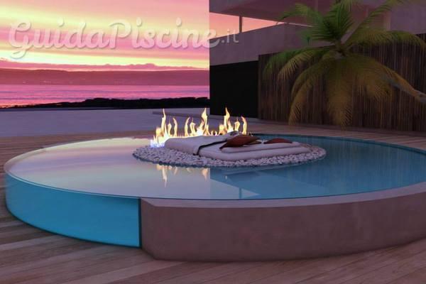 Il fuoco del camino nella tua piscina for Piscinas trobajo del camino