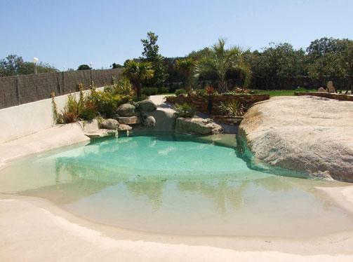 Meglio che al mare piscine naturali con nulla da invidiare - Costo manutenzione piscina ...