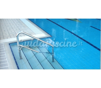 Rivestimenti per la piscina in piastrelle maw for Piastrelle per interno piscina