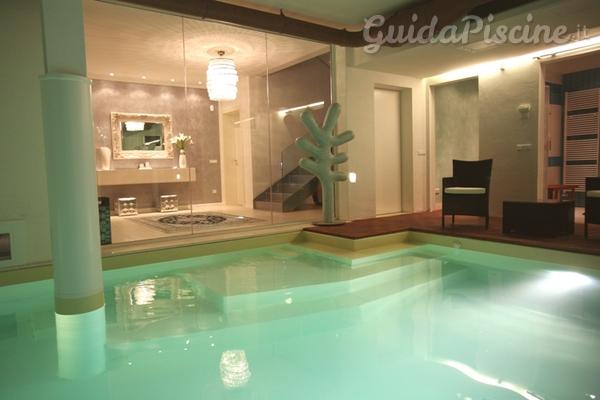 Tutto sulle piscine interne: dalla progettazione alla manutenzione - GuidaPis...