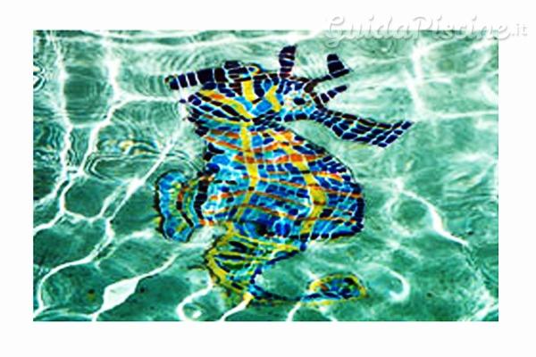 Il segreto per una manutenzione brillante di piastrelle e - Rivestimento piastrelle per piscine ...
