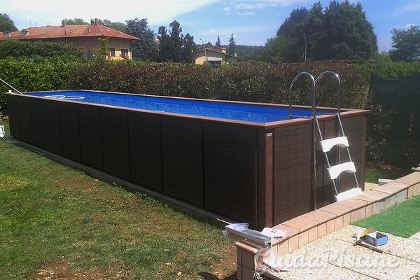 Piscine laghetto news blog il nuovo lusso delle piscine - Piscina fuori terra in pendenza ...
