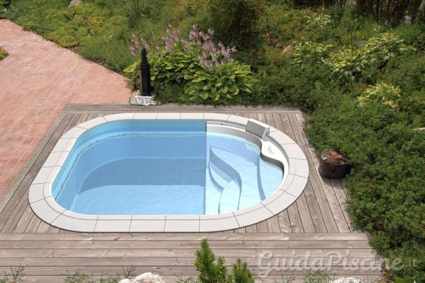 Scalette per piscine di tutti i tipi - Piscine seminterrate economiche ...