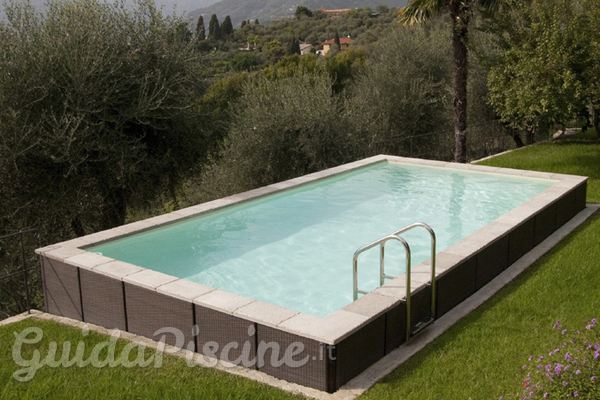 Piscine eleganti e di facile installazione for Pool im boden