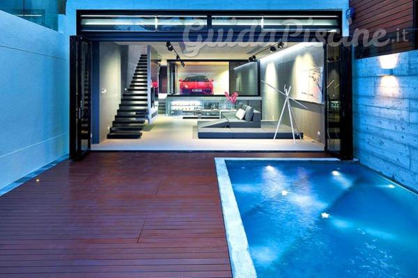 Sfrutta al massimo il tuo garage costruisci una piscina - Costruire palestra in casa ...