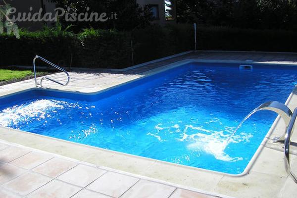 La manutenzione delle piscine