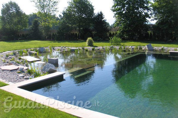 Le Eco-piscine