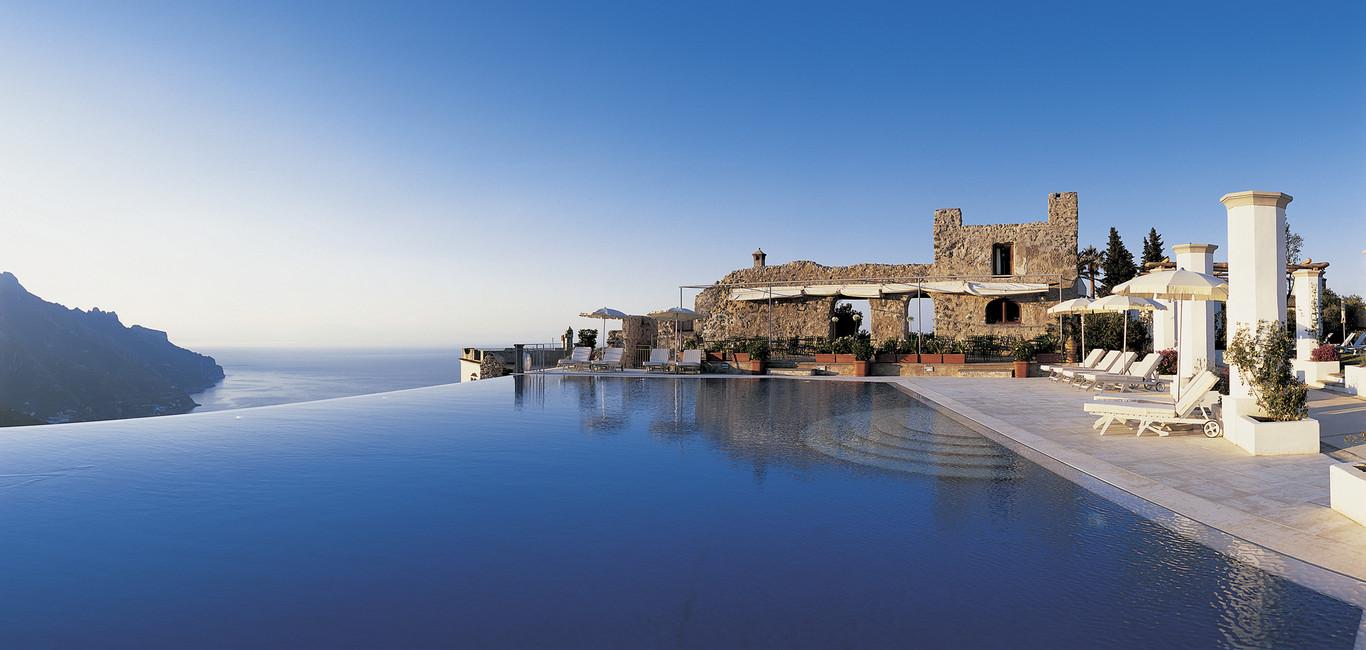 Piscine di lusso dal mondo l 39 ispirazione perfetta for Piscine italia