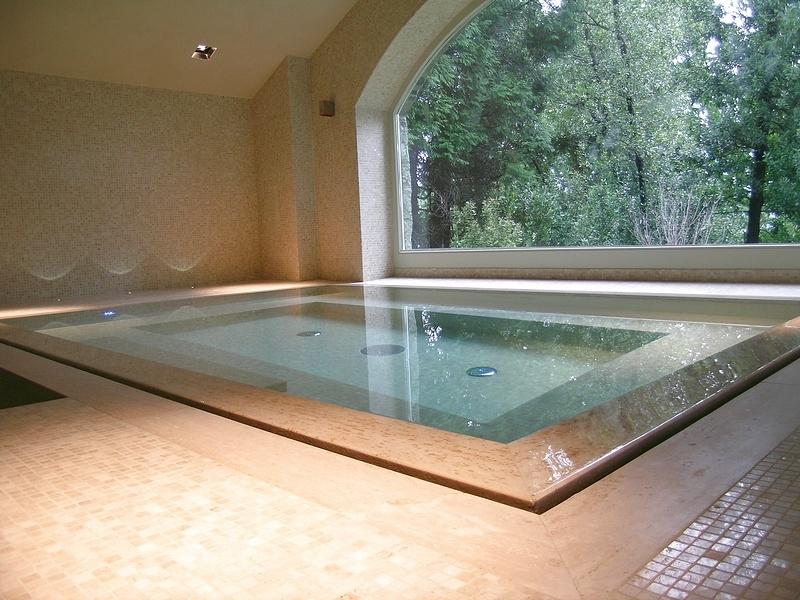 Cinque regole fondamentali per una perfetta piscina for Piscine fuori terra piccole dimensioni