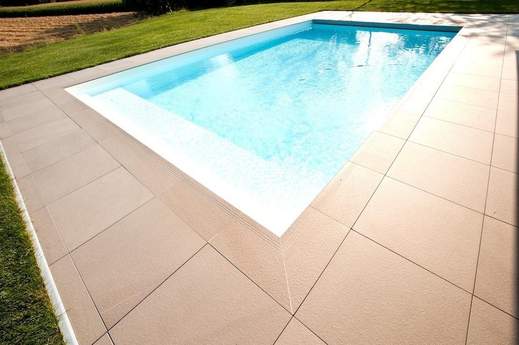 I migliori materiali per la pavimentazione del solarium