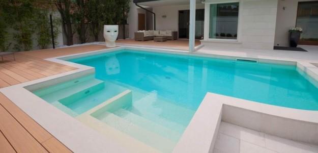 Come scegliere il colore giusto della vostra piscina for Clorazione piscine