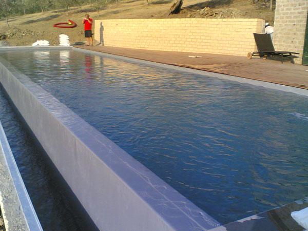 Gli innumerevoli vantaggi di una piscina in casseri - Costo di una piscina ...