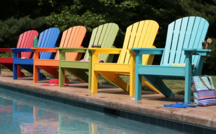 Sedie E Tavoli Pieghevoli Per Preparare La Piscina Alla Primavera Guidapiscine It