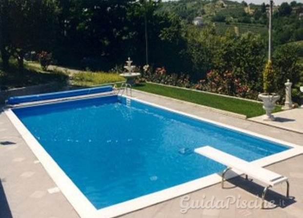 Costruttori di piscine Roma - GuidaPiscine.it