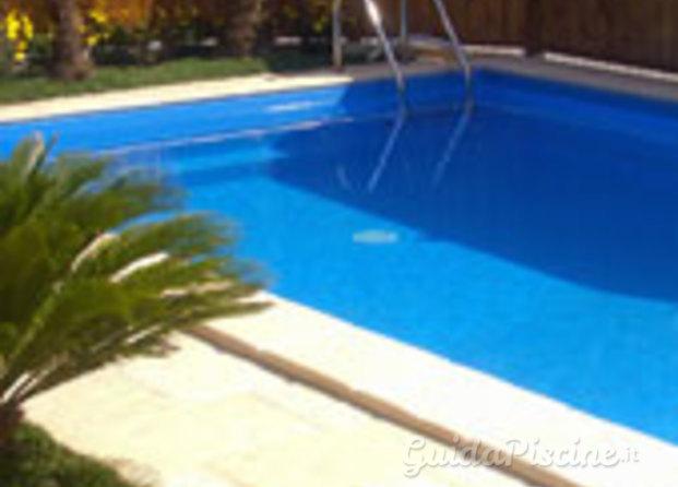 Costruttori di piscine Marche - GuidaPiscine.it