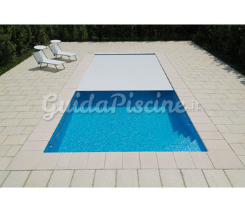 piscina-a-sfioro-bluespring-2_pi2.jpg